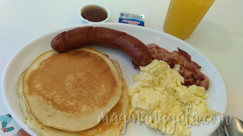 kenny-rogers-breakfast
